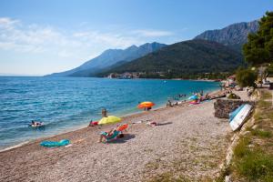 pláž v Zaostrogu, Makarská riviéra, Chorvatsko