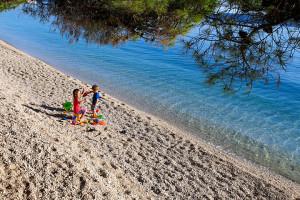Tučepi - oblázková pláž