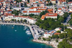 Makarska - františkánský kláštěr a malakologické muzeum